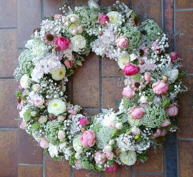 TrauerKranz  Floristik  Pinterest  Kranz Beerdigung