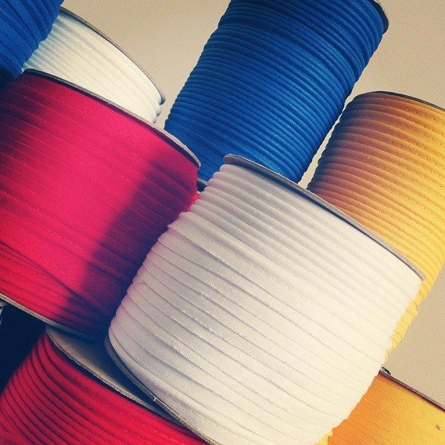 cotton piping have just arrived....just look at these juicy colours! :)