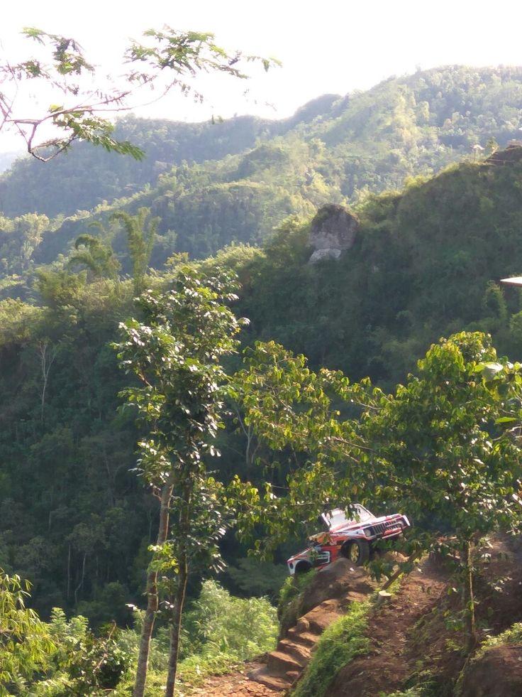bukit ngisis nglingo hill advanture jogja