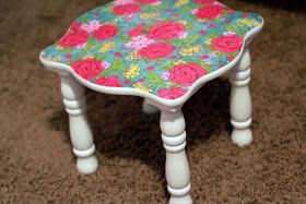 The Sassy Pepper: Mod Podge FURNITURE tutorial (gasp!)