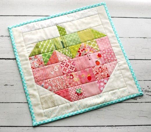 Retro Mama | scrappy strawberry block mini quilt from Lori Holt's Farm Girl Vintage book