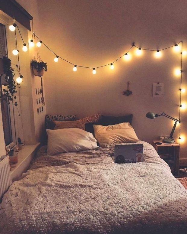 Pinterest Eydeirrac Tumblrrooms Pinterest Eydeirrac In 2020 Bedroom Decor Lights Relaxing Bedroom Aesthetic Room Decor