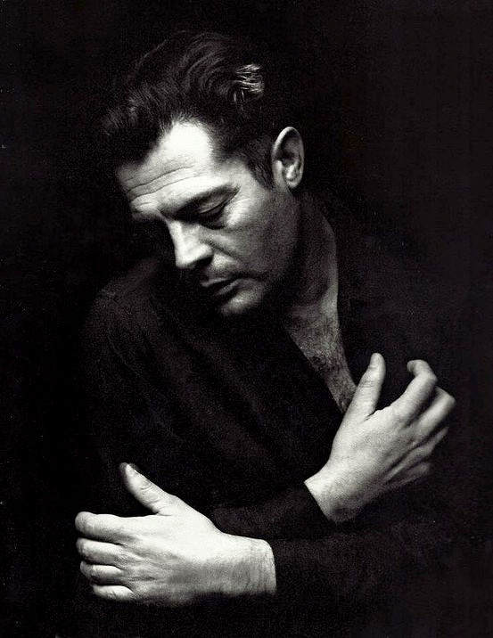 Marcello Mastroiani, for me he is de cinema!