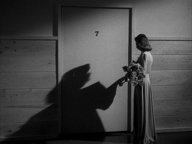 566 best film noir images on pinterest film noir black - Entrare in una porta ...