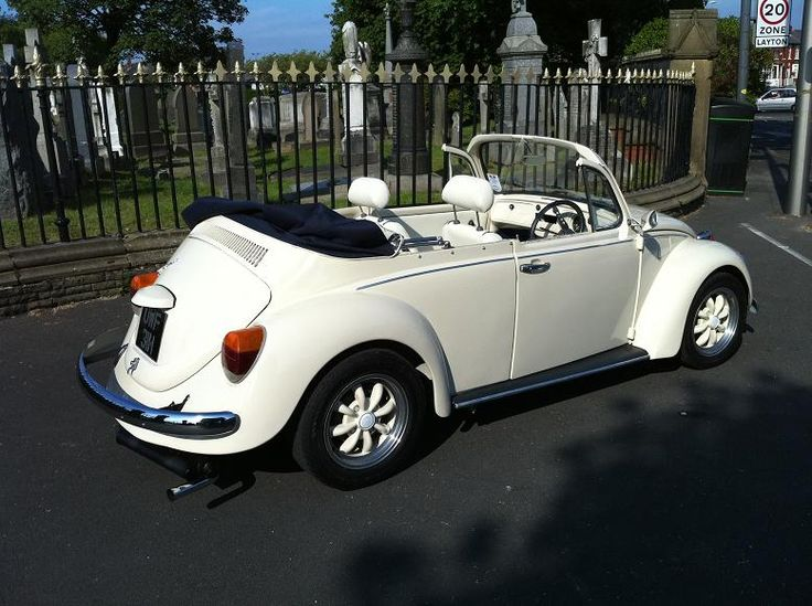 love this classic convertible vw bug.
