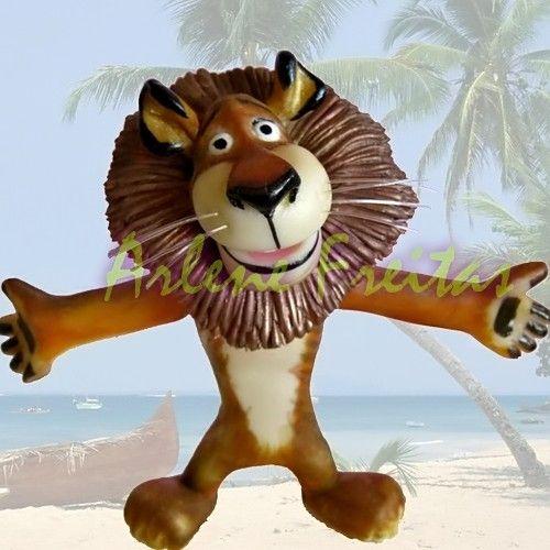 Madagascar 2 Cartoon Characters : Images about disney pixar madagascar on pinterest