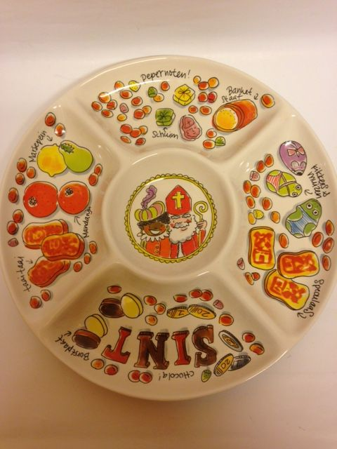 Taai Taai, speculaas, pepernoten? Zet het allemaal op tafel in de gezellige Sintschaal van Blond Amsterdam! € 29,95