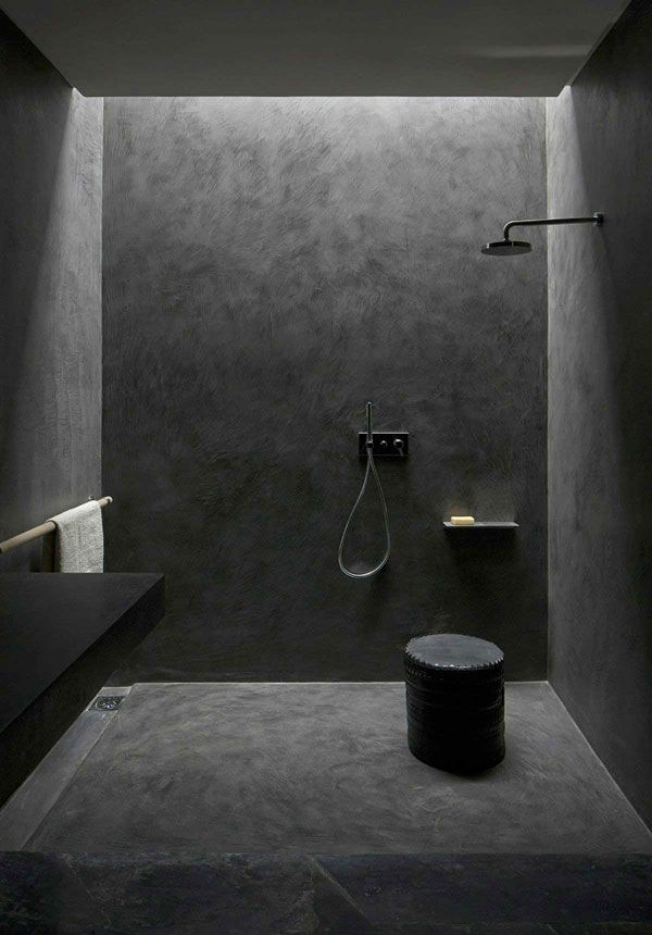 Rendered shower walls bathroom pinterest grey - Salle de bain sans carrelage mural ...