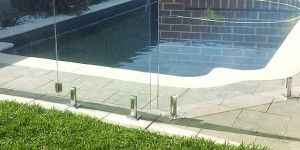 Frame less glass pool fence
