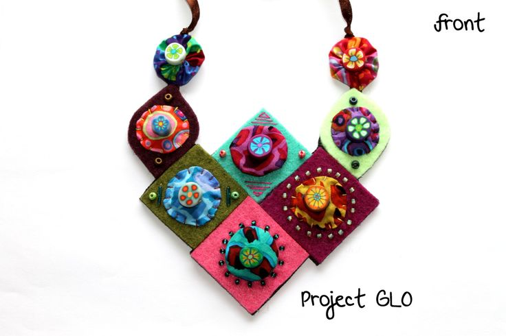 Handmade Necklace with Beads Felt Colourful Fabrics Polymer Clay Beads - Collana fatta a mano in Perline, Feltro, Stoffa, Perline in Fimo di ProjectGLO su Etsy