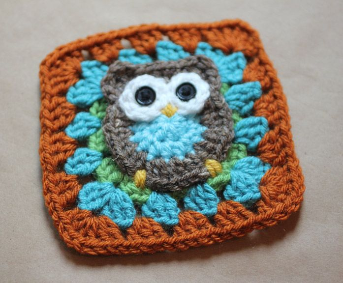 I have been thinking about making an owl granny square for some time and when I couldn't find a pattern to follow, I decided to create my own! Kara has graciously agreed to let me debut this pattern on her blog in honor of Granny Month. Check back later this month on my blog Repeat Crafter Me to see how I used my owl granny squares!