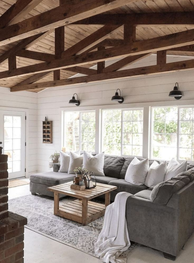 Comfy Farmhouse Living Room Designs To Steal: Cozy Modern Farmhouse Architecture Ideas 08