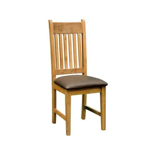 Lincoln Oak Furniture Lincoln Oak Dining Chair x2 Well made and competitively priced, our Lincoln Oak Dining Chair x2 is available for purchase online. Anything you buy from Pinesolutions can be delivered to your door and we always strive to ensure f http://www.comparestoreprices.co.uk/dining-furniture/lincoln-oak-furniture-lincoln-oak-dining-chair-x2.asp