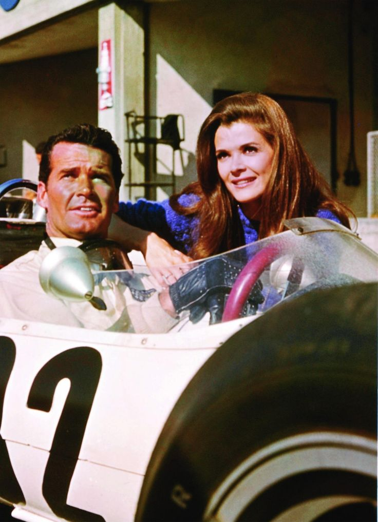 James Garner and Jessica Walter - Grand Prix (1966)