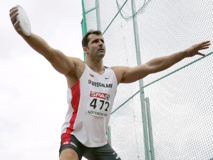 Lars Riedel | Jetzt ist es offiziell: Diskus-Olympiasieger Lars Riedel verabschiedet ... OS guld diskus 1996 Atlanta.
