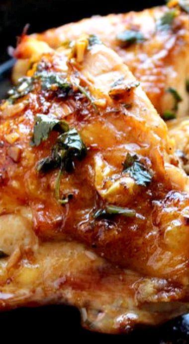 Rao's Famous Lemon Chicken (Pollo al Limone) - linked from GoldfinchandScout.com ❊