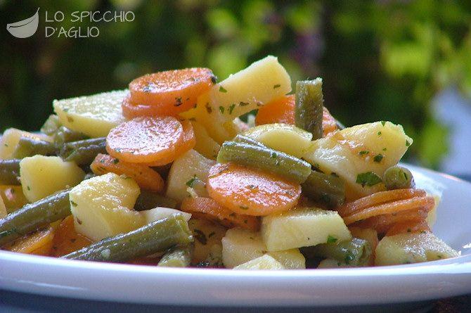 Fagiolini con patate e carote