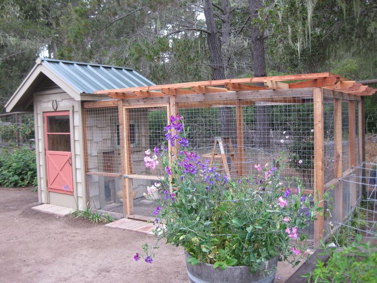 A Chicken Coop that Enhances the Garden. If I had backyard chickens this so would be their coop ♥ LOVE ♥ #gardens #backyard.