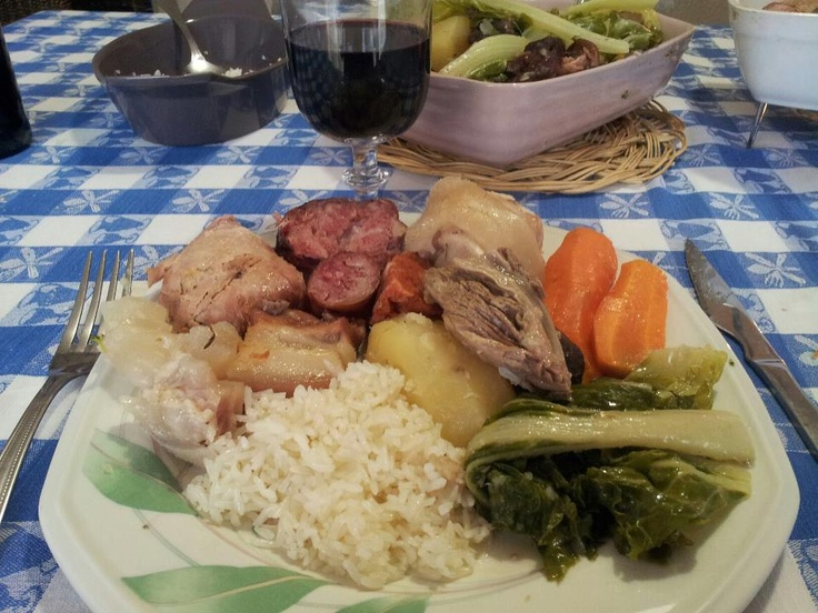 Portuguese Food. Cozido à Portuguesa. Photo by Bernardino Barros.