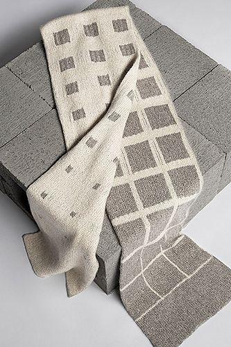 Monochrome Scarf Knit Pattern // Ravelry
