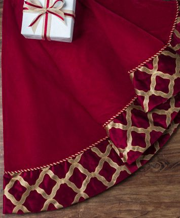 Burgundy & Gold Velvet Christmas | Tree Classics Tree Skirt