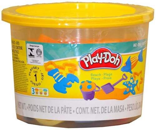 INCLUDES 3 X 2 OZ TUBS OF PLAY-DOH 10 X PLAY-DOH ACCESSORIES AGES 3+