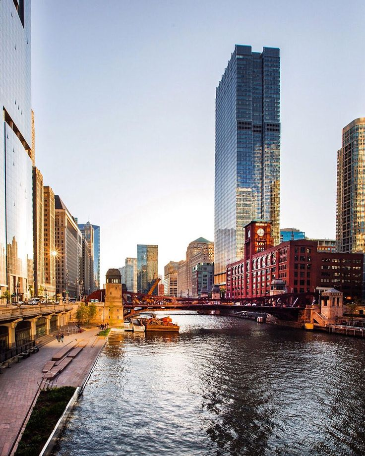 Chicago Photography - Paul Aparicio. Pinned by #CarltonInnMidway - www.carltoninnmidway.com