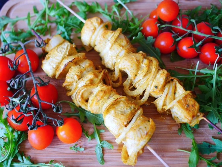 Today we will be doing chicken shashlik recipe. Its really healthy, vibrant, easy and delicious meal. Not only it looks great, but tastes super yummy, juicy an