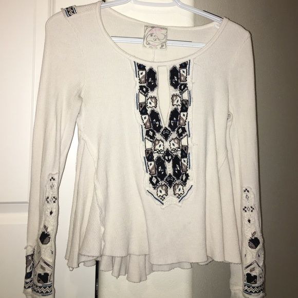 FREE PEOPLE TOP Gorgeous Free People top, worn only once, looks amazing on but it is a but too small for me now. Make an offer! I am always willing to negotiate! Free People Tops