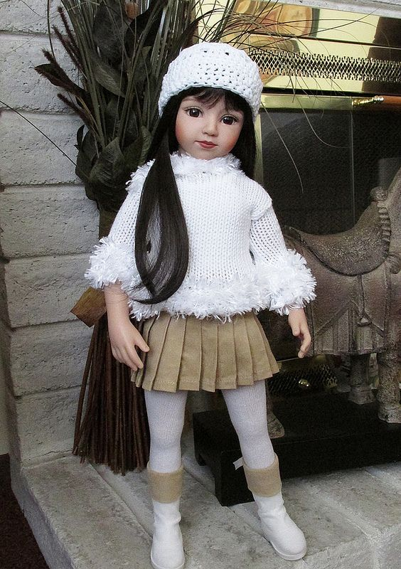 Attractive Brunette Ts Doll