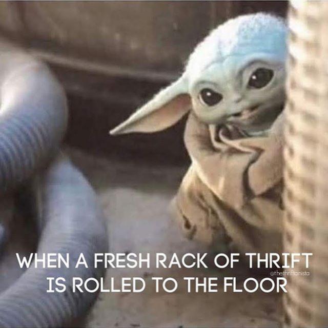 Yoda Thrifting Meme Thrifting Shopping Meme Yoda Wallpaper