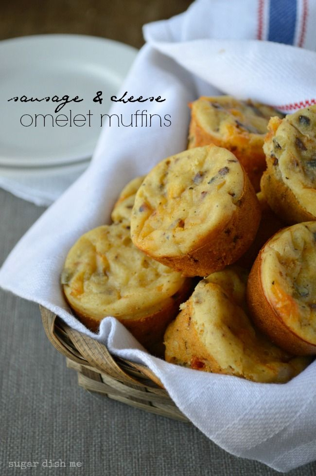 Sausage and Cheese Omelet Muffins - all the flavor of a sausage & cheese omelet in a little mini muffin! Makes a large batch and freezes well!