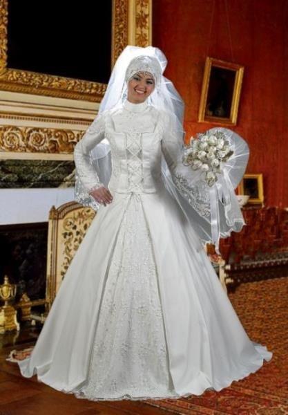 Традиционное мусульманское свадебное платье