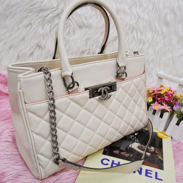 TAS MURAH IRFA' HEIRAH BAG'SHOP: CHANEL OFFICE BEHEL 3RUANG/CHANEL-B3388