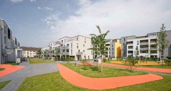Îles colorés comme terrain de jeu, à Cologne en Allemagne