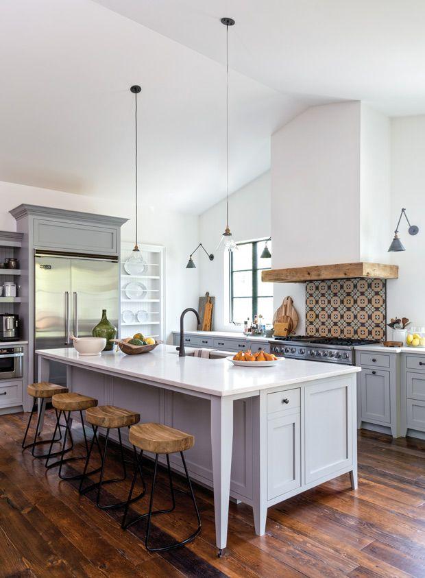 les 25 meilleures id es concernant plafonds cath drale sur pinterest plans de barndominium. Black Bedroom Furniture Sets. Home Design Ideas