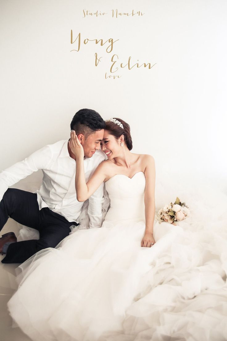 Prewedding Indoor studio shoot |  Malaysia Wedding Photography by Studio numb9r | www.OneThreeOneFour.com
