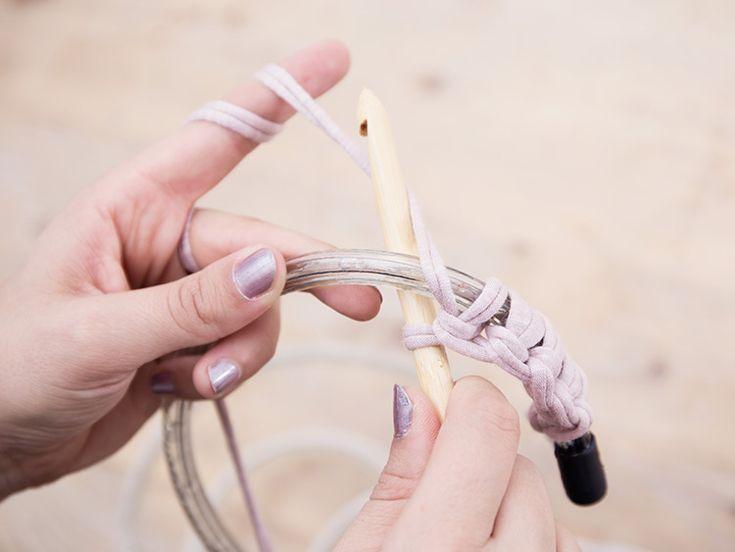 Tutorial fai da te: Come realizzare un tappeto crochet con illuminazione led via DaWanda.com