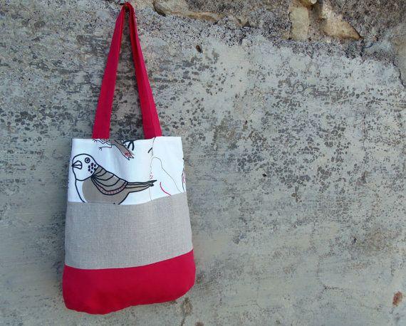 Shopper di stoffa fucsia e beige borsa in tessuto con dettagli ricamati e uccelli