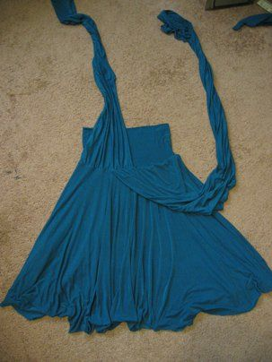 THIS IS THE BEST TUTORIAL FOR THIS I FOUND YET Jersey Convertible Dress - must try to make this for Myrtle!