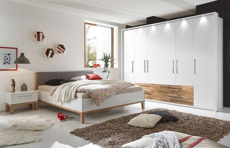 Schlafzimmer 4-tlg. in weiß mit Absetzungen in Eiche massiv, Drehtürenschrank, Bett mit Liegefläche 180x200 cm und 2 Nachtschränke