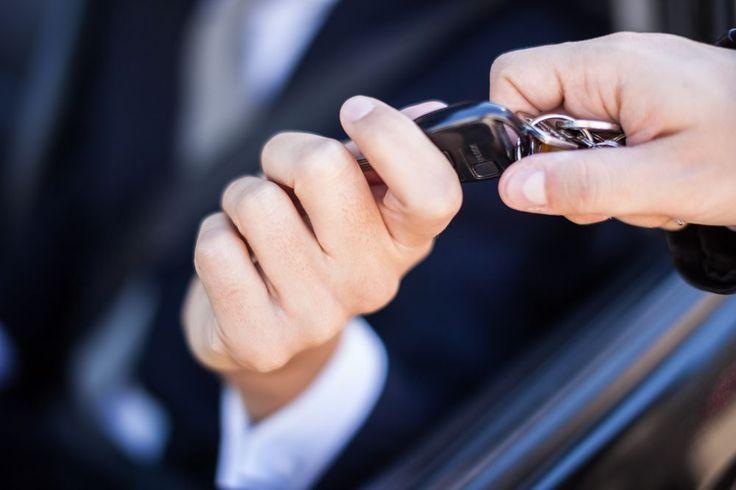 Zbycie pojazdu należy zgłosić w urzędzie  https://www.autodna.pl/blog/zbycie-pojazdu-nalezy-zglosic-w-urzedzie/