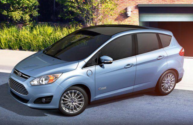 Ford C-max hybride auto. Vergelijk deze Ford C-max op yushift met andere hybride en elektrische auto's op actieradius / range, kosten, acceleratie en bijtelling. Wil je een proefrit of kosten berekening voor de Ford C-max? Vraag deze op bij ons op yushift.