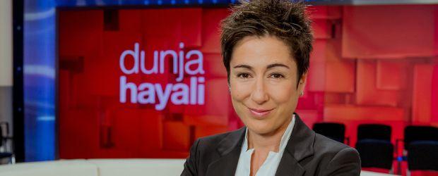 "ZDF schickt ""Dunja Hayali"" ab 2018 regelmäßig auf Sendung - DWDL.de"