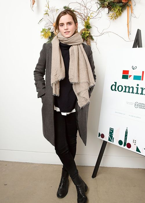 Emma Watson at the Domino Magazine Holiday Pop Up in New York (December 01, 2016)