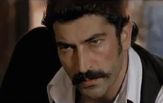 Türk erkeklerinin izlemesi gereken video. (İzlemek için resme Tıklayın)