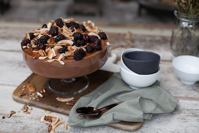 A delicious Banting chocolate mousse for your Christmas table