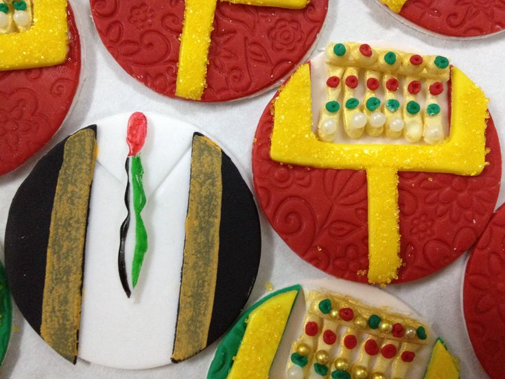 Cake Decorating Qatar : UAE National Day celebration cookies The Pantry ...