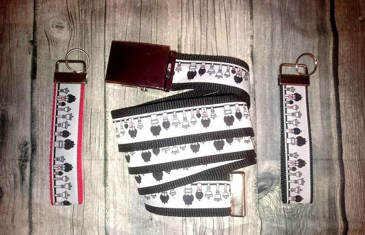 Glockenstolz Webband kannst Du bei Mühlihäxli kaufen und Dir selber Deine Accessoires nähen. Natürlich kriegst Du aber auch fertige Schlüsselanhänger oder Gürtel im Shop!