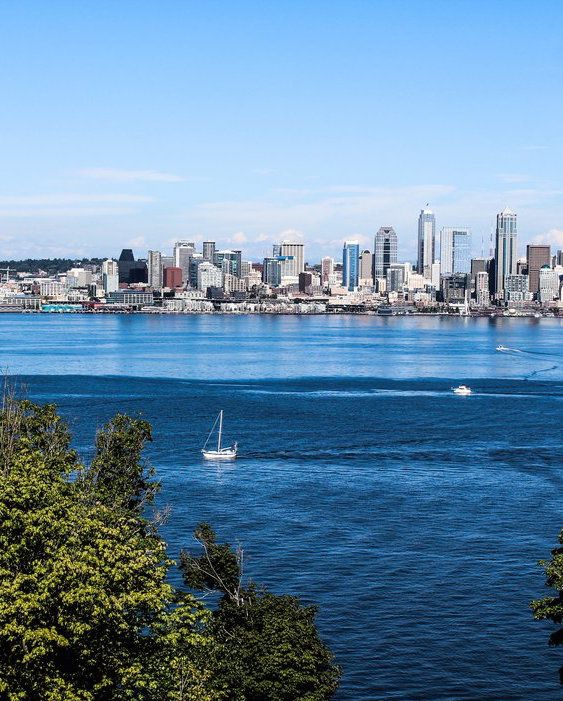 Check out Condé Nast Traveler's list of can't miss spots that every traveler should visit in Seattle, WA.